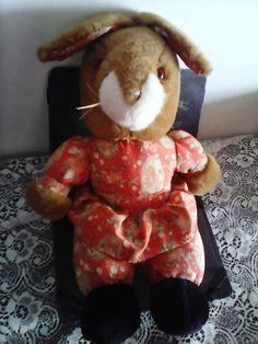 Miss Rabbit soft toy/bunny vintage toy by Mpoulitsa on Etsy Bunny Toys, Handmade Items, Handmade Gifts, Vintage Toys, Vintage Antiques, Rabbit, I Am Awesome, My Etsy Shop, Teddy Bear