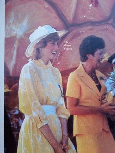 Princess Diana Fashion, Princes Diana, Lady Diana, Princess Of Wales, Diy Fashion, Royalty, Vogue, Australia, Woman