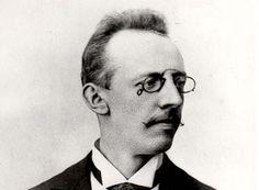 Vítězslav Novák (05/12/1870 - 18/07/1949)