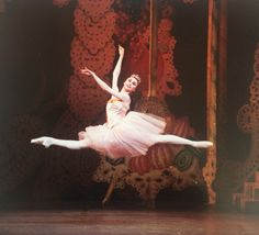 Young Svetlana Zakharova in Balanchine's Nutcracker