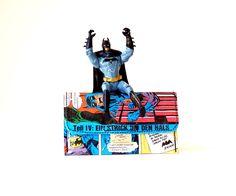 Tabaktasche BATMAN D.C. Comic upcycling Unikat! PauwPauw Tabakbeutel, Tabaketui, Superheld D.C. Comic Tasche Recycling handmade in Berlin von PauwPauw auf Etsy