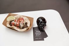 Branding for Belgium's newest mobile food vendor, selling Mexican tacos, sodas, beer and more... from a bike!