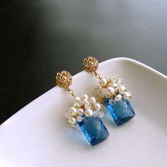3-dione-v-earrings-london-blue-topaz-moonstone-pearls