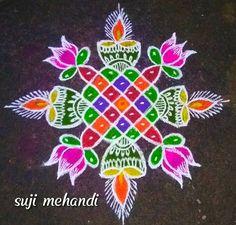 Rangoli Ideas, Rangoli Designs Diwali, Kolam Rangoli, Flower Rangoli, Easy Rangoli, Kolam Designs, Mehndi Designs, Small Rangoli, Rangoli With Dots