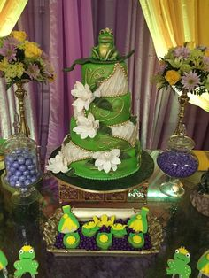 The Princess and the Frog Cake | Wedding | Pinterest | Frog cakes ...