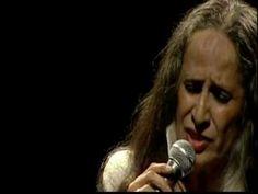 Soneto da Separação  /  Bom dia tristeza  /  Olhos nos olhos  - Maria Bethânia  - Paris