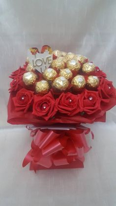 Luxury Red ' I Love You ' Ferrero Rocher Chocolates Bouquet - Sweet Gift Hamper Red Chocolate, Luxury Chocolate, Chocolate Hearts, Chocolate Gifts, Ferrero Rocher Bouquet, Ferrero Rocher Chocolates, Easter Party, Easter Gift, Greeting Card Holder