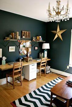 Beautiful wood and hunter green office/child's room idea Green Accent Walls, Dark Green Walls, Dark Walls, Office Wall Colors, Office Walls, Office Paint, Desk Office, Green Rooms, Bedroom Green