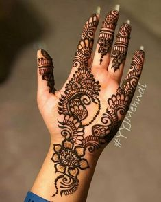 Beautiful bridal mehendi ideas to try. Easy Mehndi Designs, Henna Hand Designs, Dulhan Mehndi Designs, Latest Mehndi Designs, Bridal Mehndi Designs, Mehendi, Pretty Henna Designs, Mehndi Designs Finger, Mehndi Designs For Girls
