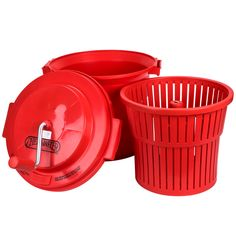 """Heavy-duty construction makes this 5 gallon salad spinner a must-have for restaurant use. Whenever salad is served, the highest cost item is the dressing! By using one of our commercial salad spinners, dressing """"clings"""" to the lettuce. This not only cuts down on the amount of dressing used but also makes for better presentation.<br><br> What sets this salad spinner apart from the others? This 5 gallon lettuce spinner incorporates a patented brake system. While using a le..."""