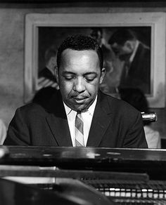 Photo of Red Garland Photo by Michael Ochs Archives/Getty Images Jazz Artists, Jazz Musicians, Paul Chambers, Red Garland, Jazz Players, Musician Photography, Piano Player, Louis Armstrong, Music Icon