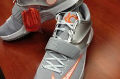 "Is The Nike KD 7 ""University of Texas"" A School Exclusive Or Is It Retail Bound?: September 24, 2014, 2:00 am"