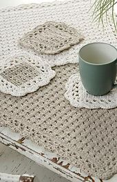 Ravelry: Options Placemat and Coaster pattern by Marilyn Coleman. Free.