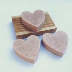 Heart Soap Gift Set - 3 Rose Heart Soaps with Wooden Soap Dish - Extremely Moisturising. Send a Heart Shaped Hug. Cocoa Butter, Shea Butter, Tea Tree Essential Oil, Essential Oils, Wooden Soap Dish, Whipped Soap, Theobroma Cacao, How To Make Box