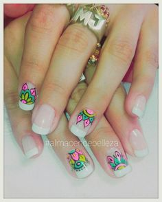 French mandalas nailart by Mariana Delgado