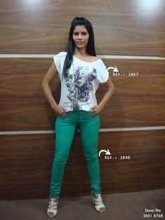 #look #moda #calca #colorida #lorenanunes #style   ➡ www.thaishipolito.com