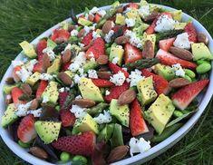 Asparges/avokado/jordbær Raw Food Recipes, Salad Recipes, Vegetarian Recipes, Cooking Recipes, Healthy Recipes, Waldorf Salat, Healthy Cooking, Healthy Eating, Healthy Food