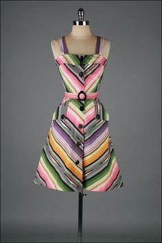 vintage 1970s dress . navajo stripe . belted sun dress . 2651