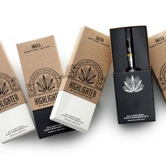 Simple, discrete and stylish, the HIGHLIGHTER is the perfect cannabis vapor pen, for at home or on the go. Our medicated oil contains a minimum of 40% THC, deli