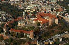 krakow_zamek by Radoslaw Pujan, via Flickr