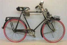 Prachtige motorfiets in perfecte staat, leuk om een dagje op te fietsen! Mag niet langer dan 5 dage gehuurd worden! - See more at: http://historischhuren.nl/object/raleigh-lichte-motorfiets-uit-1919/#sthash.txajuWmi.dpuf