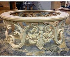 Furniture Styles, Home Decor Furniture, Table Furniture, Luxury Furniture, Furniture Design, Wood Carving Designs, Wood Carving Art, Wood Art, Victorian Furniture