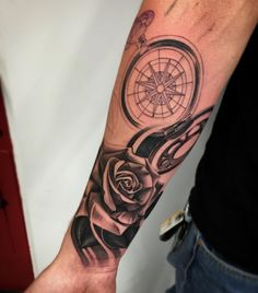 Added this to a nautical sleeve I'm working on ! Super pumped on the progress ! For tattoos text me 8052184401 thanks guys !!! #INKHOUSEVENTURA #BLACKandgrey #nauticaltattoo by bobbytru