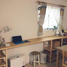 見事な出来栄え☆DIYで欲しかったカウンターを手に入れる | RoomClip mag | 暮らしとインテリアのwebマガジン Diy Desk, My Room, Office Desk, Corner Desk, Interior, Kitchen, Table, Furniture, Home Decor