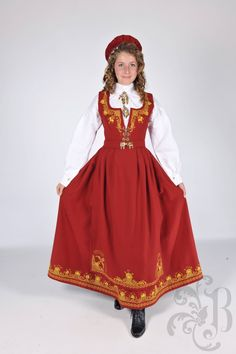 Classy Clothes, Classy Outfits, Norwegian Clothing, Future Clothes, Norway, Folk, Women's Fashion, Traditional, History