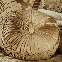 """Contessa Tufted Round Pillow Harvest Gold 15"""" Round 