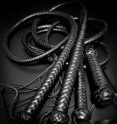 BDSM Fetish Whip Black Кнуты ручной работы БДСМ Натуральная кожа black leather flogging whip
