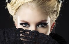 hand fans in fashion   Hand fan, fashion, model, blonde, eyes, makeup wallpapers (photos ...