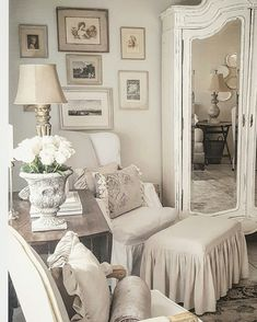 Shabby Chic Home Decor European Home Decor, Chic Home Decor, French Country Bedrooms, Contemporary House, French Home Decor, Living Decor, Contemporary Home Decor, Country Bedroom, White Decor