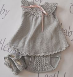 Knitted baby dress and bloomers Knitting For Kids, Baby Knitting Patterns, Baby Patterns, Knit Baby Dress, Knitted Baby Clothes, Baby Knits, Baby Sweaters, New Baby Products, Knit Crochet