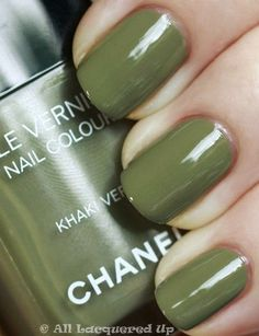 military green nails, yes please