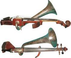 Violon de jazz a pavillon.JPG