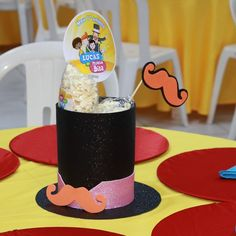 "4 curtidas, 1 comentários - Mimos da Ray (@_mimos_da_ray_) no Instagram: ""Centro de mesa de e.v.a com glitter, bigode dentro da cartola de e.v.a. Tema da festa: Mundo Bita…"" Ideas Aniversario, Baby Party, Birthday Decorations, 2nd Birthday, Birthday Candles, Birthdays, Bernardo, Lucca, Gabriel"