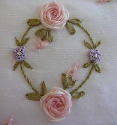 Cinta de seda bordado: Tutorial - Telaraña Rose