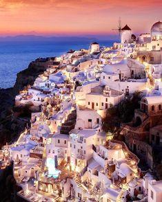 Santorini Greece  Photo by @sennarelax