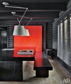 Дом в Канаде, архитектор Пьер Хут. Нажмите на фото, чтобы посмотреть все интерьеры дома.