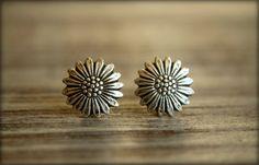 Stud Earrings – Studs Sunflowers antique silver earrings – a unique product by MadamebutterflyMeagan on DaWanda