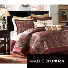 Everything that you need for a bedroom makeover is included in this bed in a bag with sheet set. This twelve-piece bedding set features an all-over jacquard print comforter and shams and comes with ivory sheets for a decorator look in the bedroom.