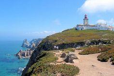 J'y suis allée ! PORTUGAL - Cabo da Roca,la pointe ouest de l'Europe. L'endroit est vertigineux et de toute beauté.