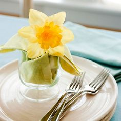Easter Daffodil Place Setting