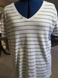 green striped t shirt resize tutorial on resizing a t-shirt