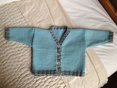 Ravelry: V-Neck Cardigan with Contrast Ribs pattern by Debbie Bliss