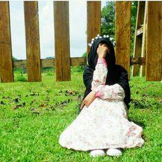 Hijab Dpz, Niqab, Muslim Women, Beautiful Pictures, Flower Girl Dresses, Wedding Dresses, Allah, Womens Fashion, Queens