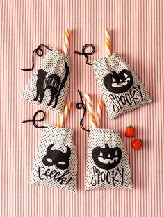 Dress up your Halloween candy with Martha Stewart Crafts burlap treat bags #marthastewartcrafts