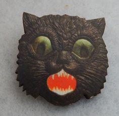 Scary Black Cat Face Halloween Brooch or Scarf Pin Wood Jewelry Accessories #handmade http://www.ebay.com/itm/-/151842879163?