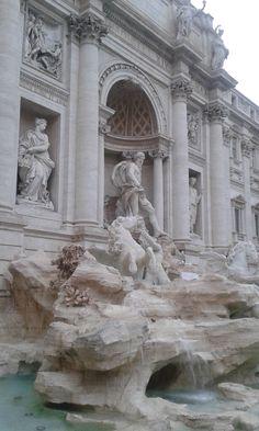 Fontana di Trevi, Roma (Maggio 2016)